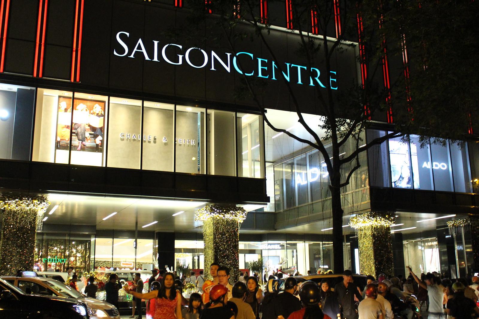 noel 2018 saigon SAIGON   Saigon Centre (Phase 2 3)   42 fl   193.7m   Completed  noel 2018 saigon