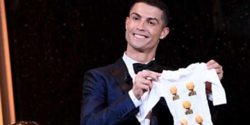 Zinedine Zidane Setuju Kalau Ronaldo Jadi Pemain Terbaik Dunia