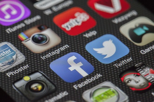 Social apps in smartphone