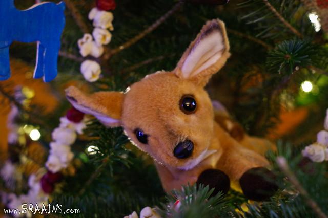 Jan 01 - Deer Tree