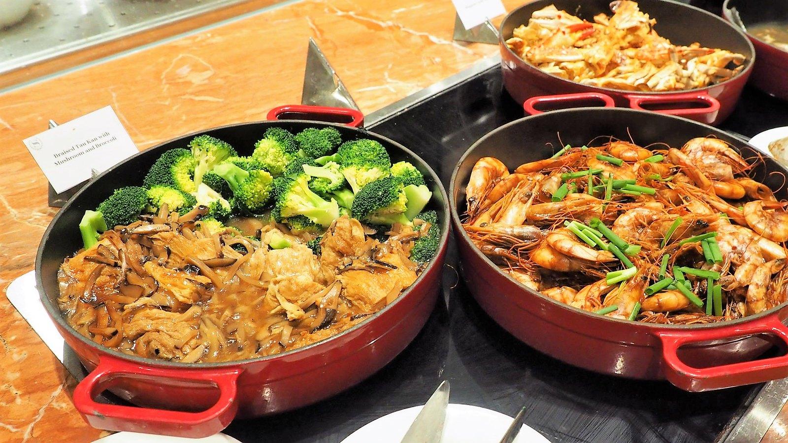Braised Tau Kan with mushroom and broccoli