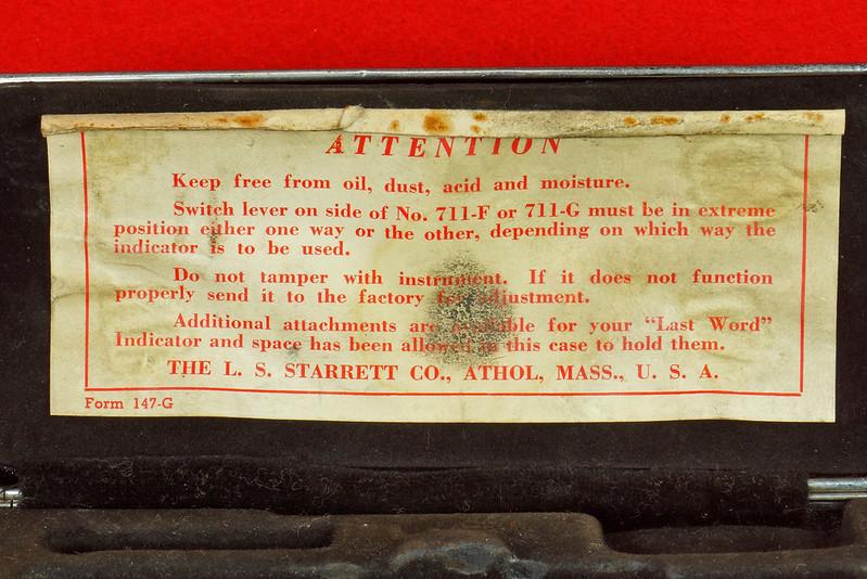 RD19916 Vintage Starrett 711-F Last Word Dial Indicator In Original Case with Label DSC03164