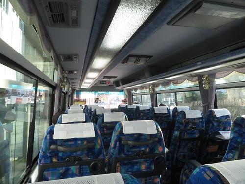 金沢競馬場の郊外線バス