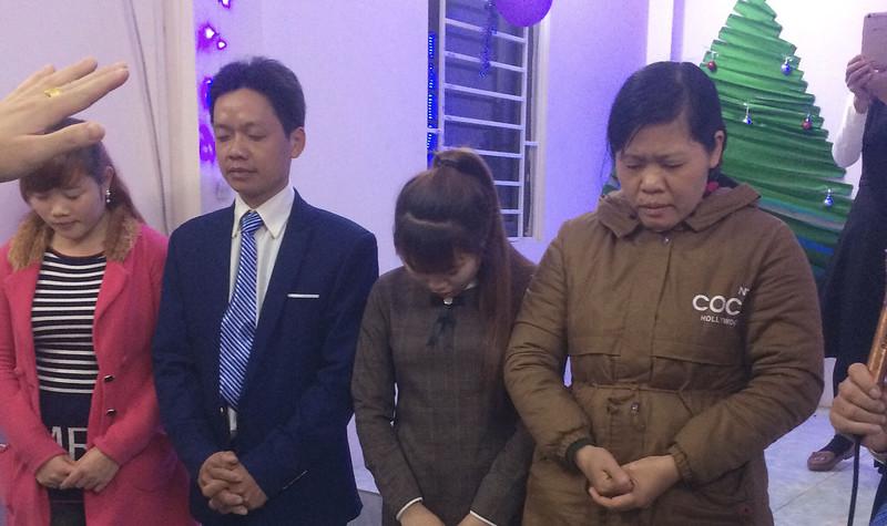 Hội Thánh Bắc Ninh - Giáng sinh có 50 người tham dự có 4 người tin nhận Chúa (5)