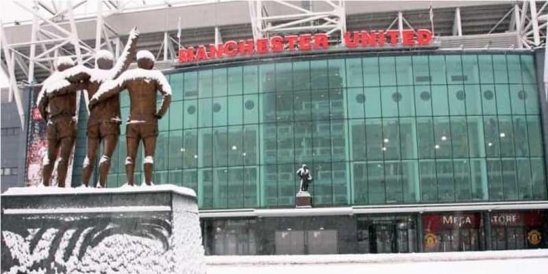 Siap-siap, Man Utd vs Man City Mungkin Dibatalkan