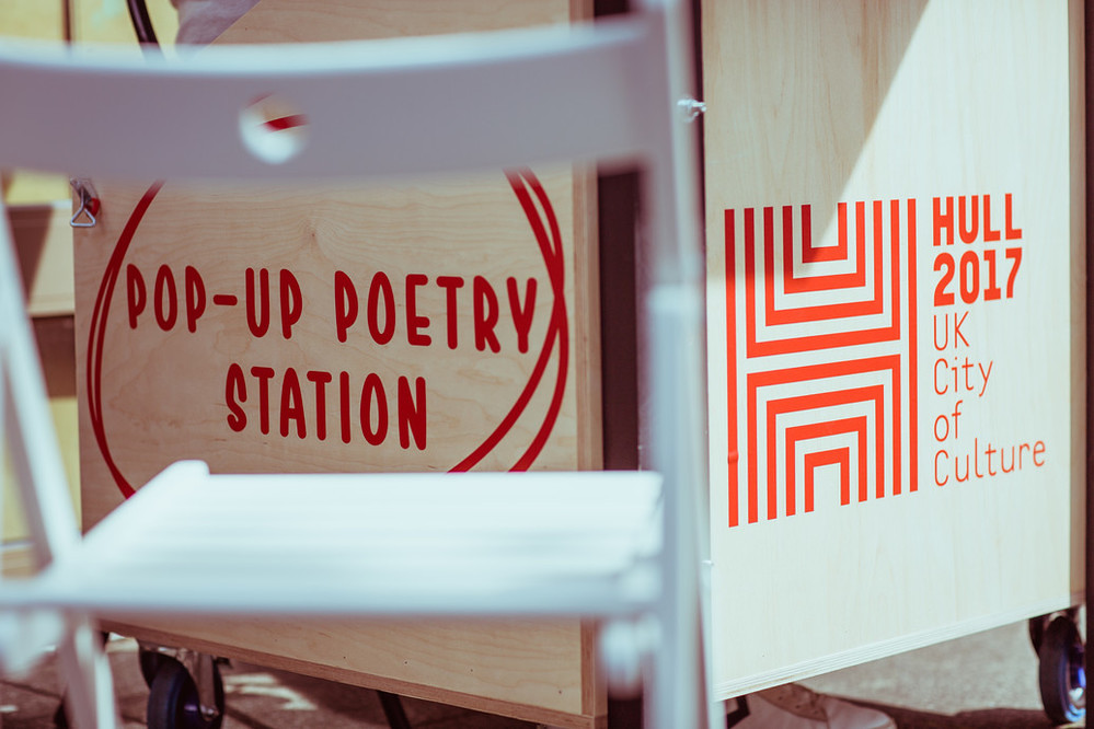 Hull Gada - pop-up poetry at Humber Mouth Literature Festival / Contains Strong Language. Photo: © Chris Pepper