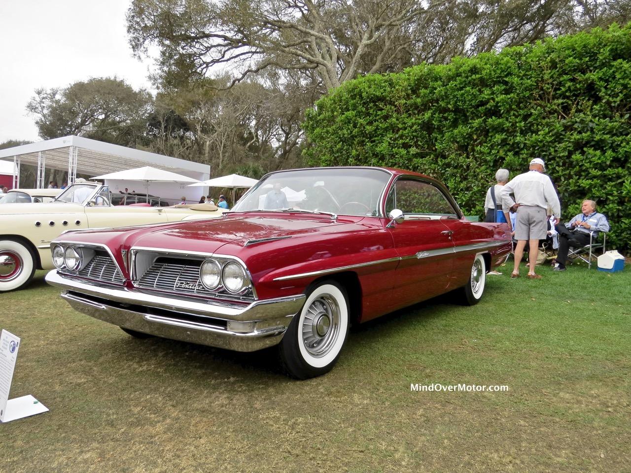 1961 Pontiac Ventura Front 1