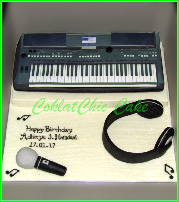 Cake Keyboard YAMAHA ADHITYA 20cm