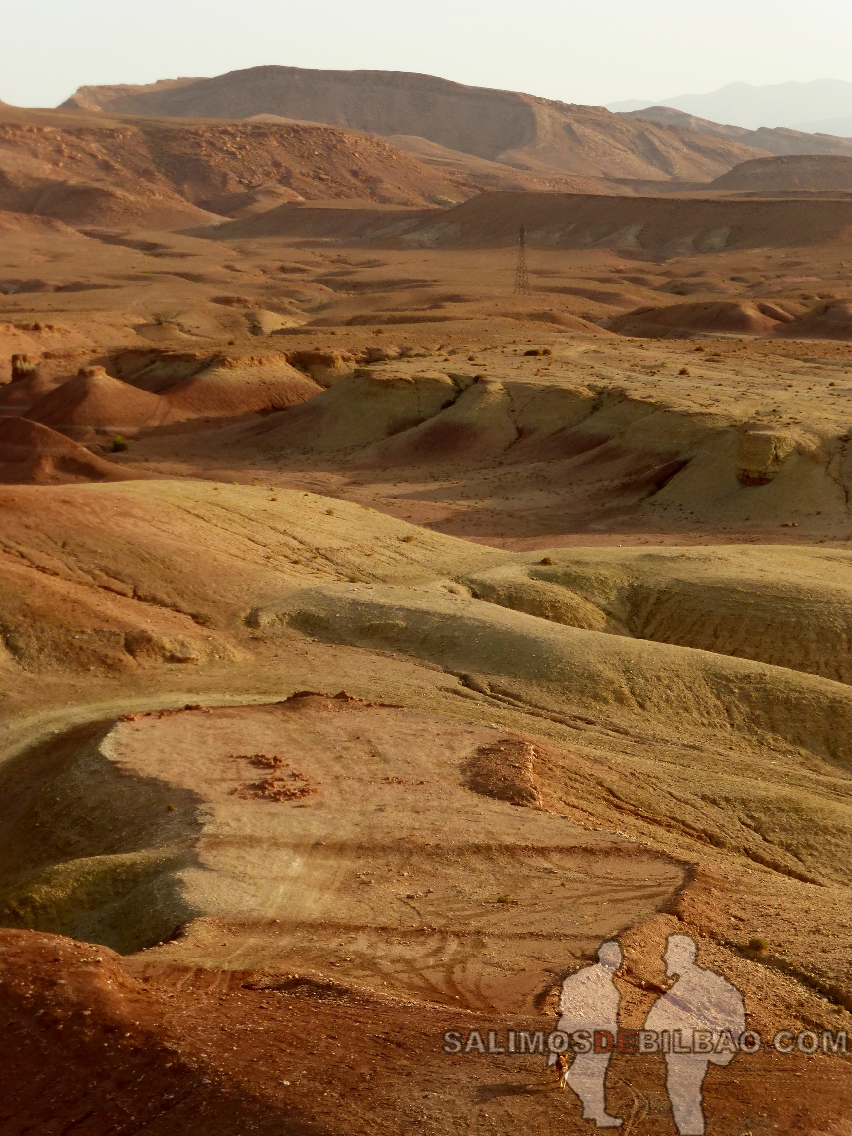 598. Rodeando el Kasbah Ait Ben Haddou