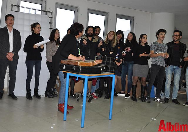 AHEP 60 yaş üstü Tazelenme Üniversitesi ve Mimarlık Bölümü öğrencileri yeni yıl kutlaması -6