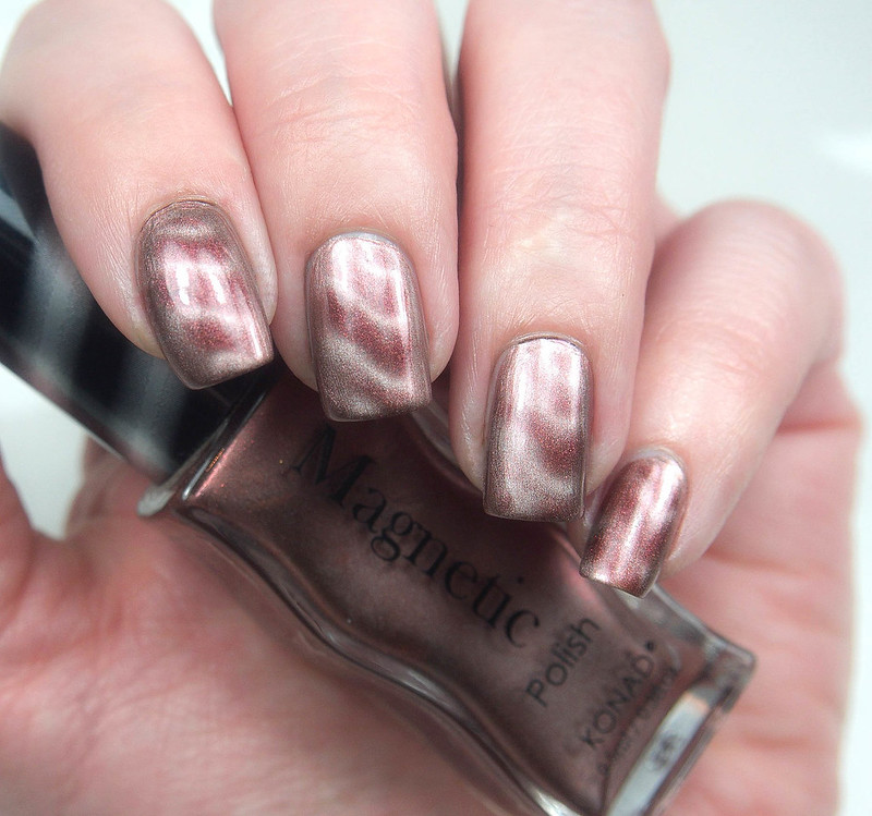Konad Metallic Brown