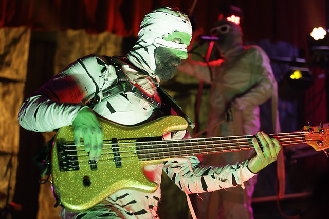 Here Come the Mummies - 06