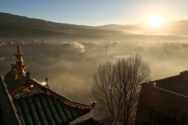 Kandze Monastery, Garzê 甘孜 カンゼゴンパの朝