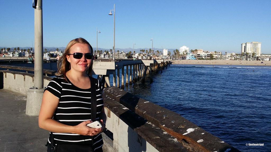 Jenni Venice Beachin laiturilla, Los Angeles, Kalifornia, USA