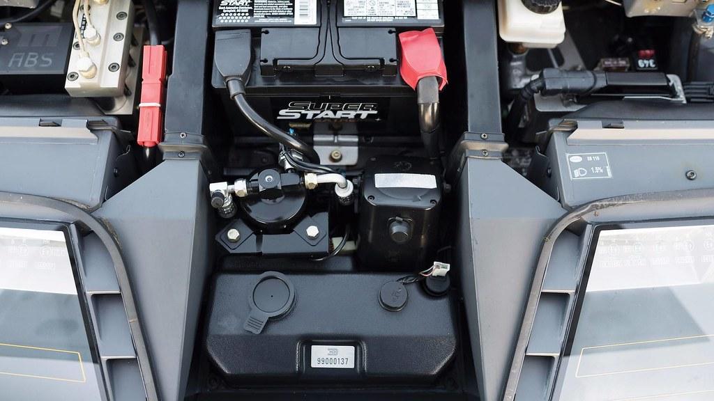 1993-bugatti-eb110-auction (10)
