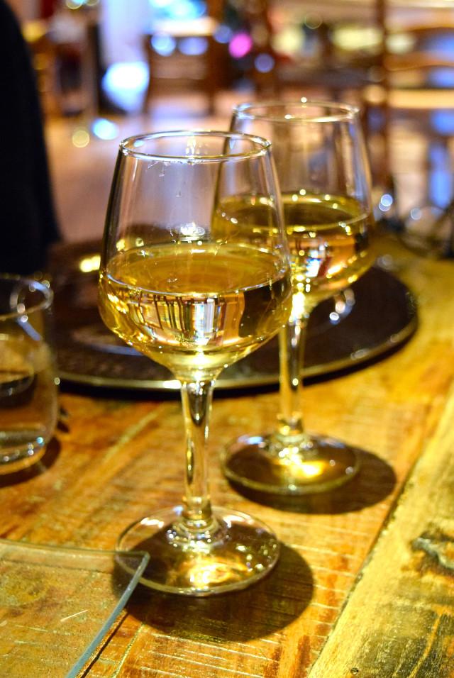 White Wine at Auberge de la Cour Vert, Dol de Bretagne #wine #france #brittany