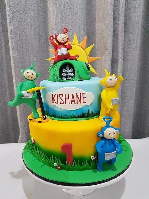 Cake by Little Cake Cupboard Brisbane