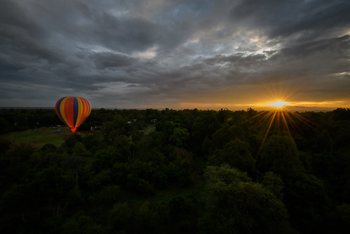 balloon luftaufnahme ballon kenya narok kenia ken masaimara sonnenaufgang sunrise f aerial