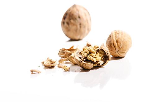 004 Nuts