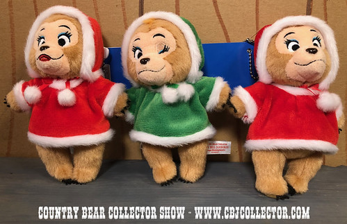 2017 Tokyo Disneyland Jingle Bell Jamboree Sun Bonnets Mini Plush - Country Bear Collector Show #128