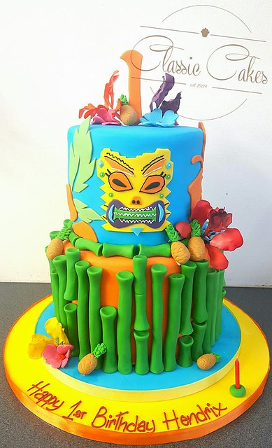Hawaiian Themed Cake by Classic Cakes