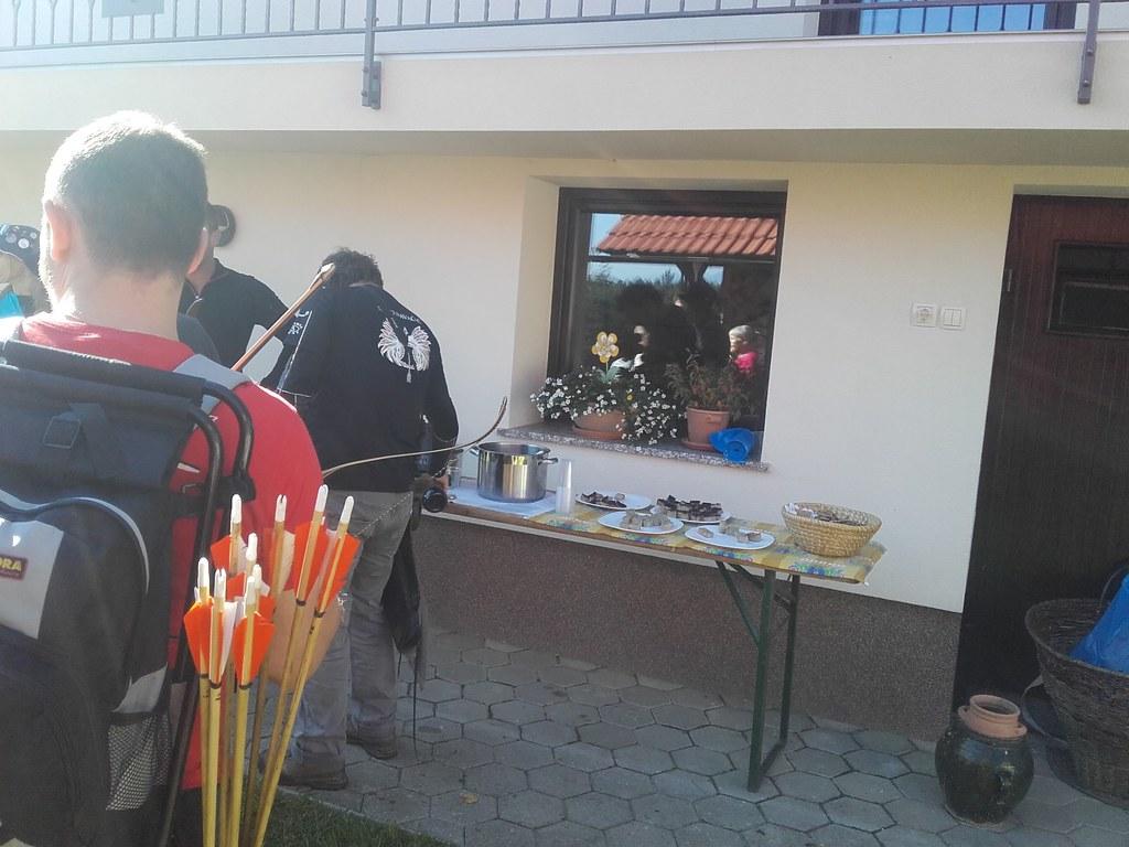 2016-09-25 Gole amazonke Grize (avtor_ Grad)