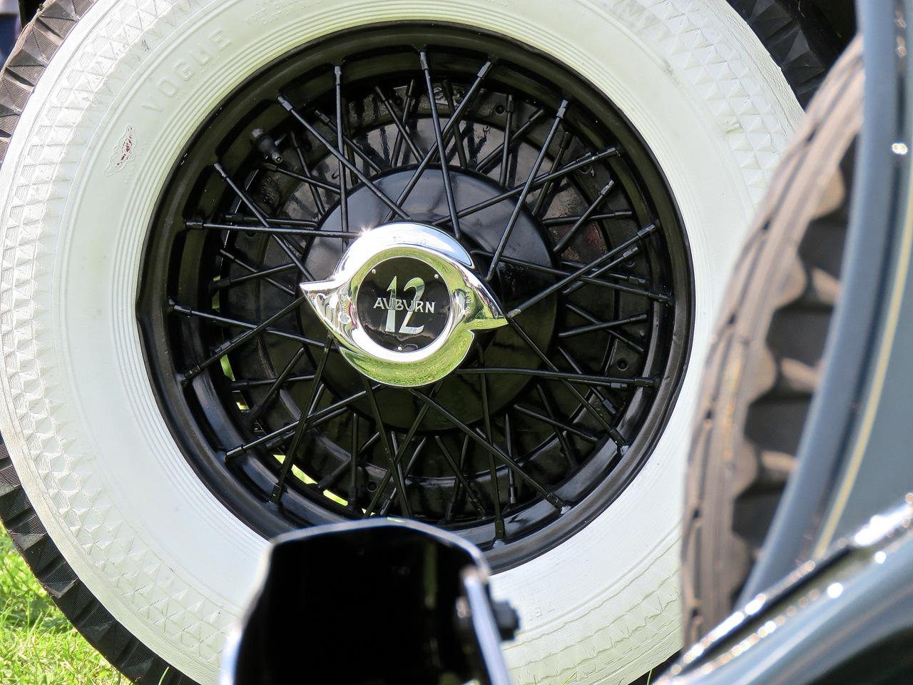 Auburn 12-165 Salon Speedster 4