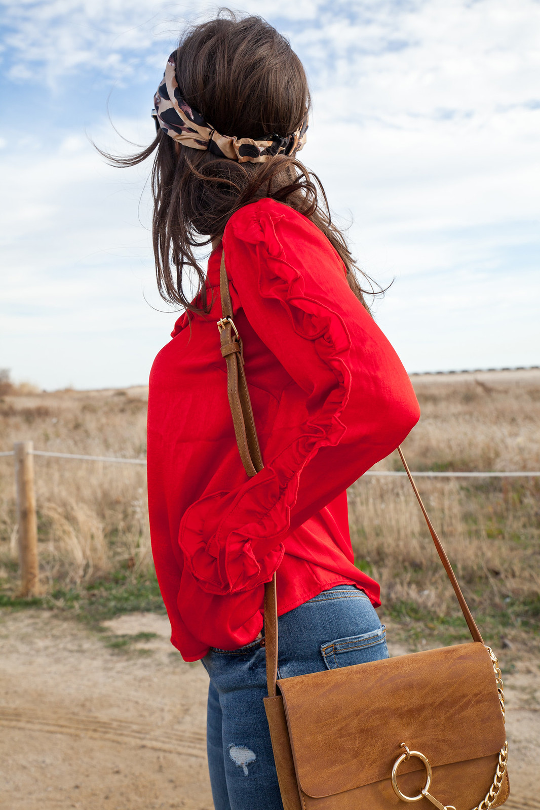 red and leopard inspiration outfit loavies red blouse theguestgirl fashion influencer jeans denim