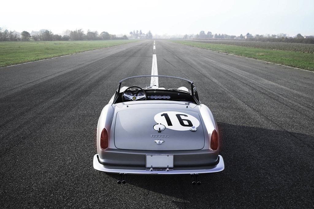 Ferrari-250-GT-LWB-California-Spider-Auction-10