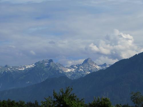 20170614 04 426 Jakobus Wolken Berge Schnee Bäume