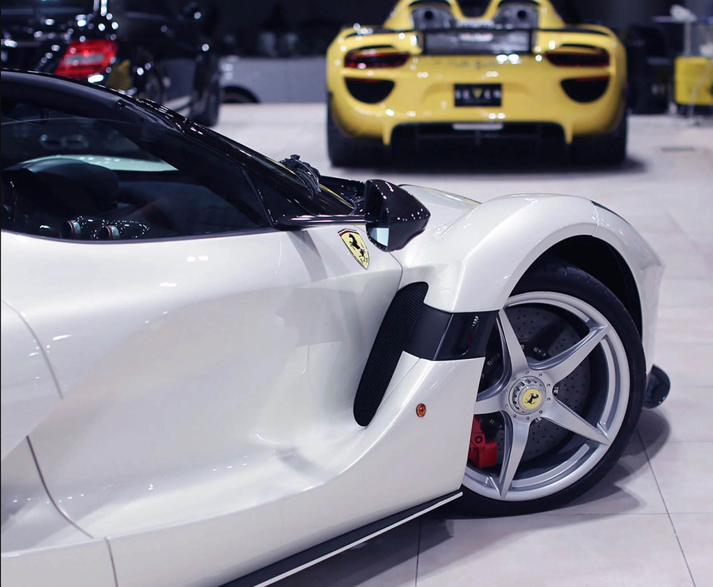 laferrari-aperta-white-06