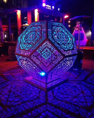 The Glow-Dodecahedron (2) #toronto #distillerydistrict #tolightfest #glowdodecahedron #martintaylor #latergram