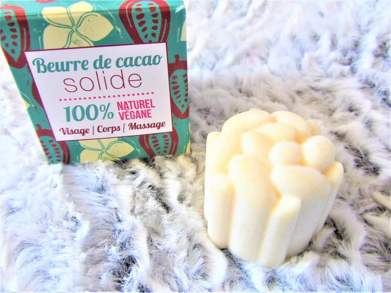 cosmetiques-bio-et-naturels-beurre-de-cacao-solide-thecityandbeauty.wordpress.com-blog-beaute-femme-IMG_9171 (3)