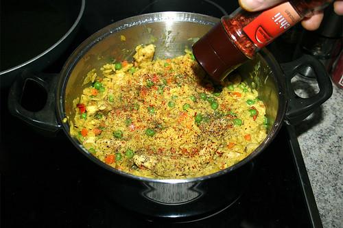 42 - Mit Salz, Pfeffer & Chiliflocken abschmecken / Taste with salt, pepper & chili flakes