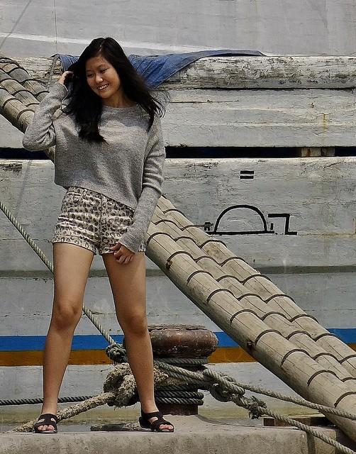 Indonesien, JAVA , Jakarta - Frachtenseglerhafen  Sunda Kelapa , girl, 17024/9468