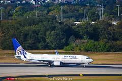 United Airlines – Boeing 737-824 N37273 @ Tampa International