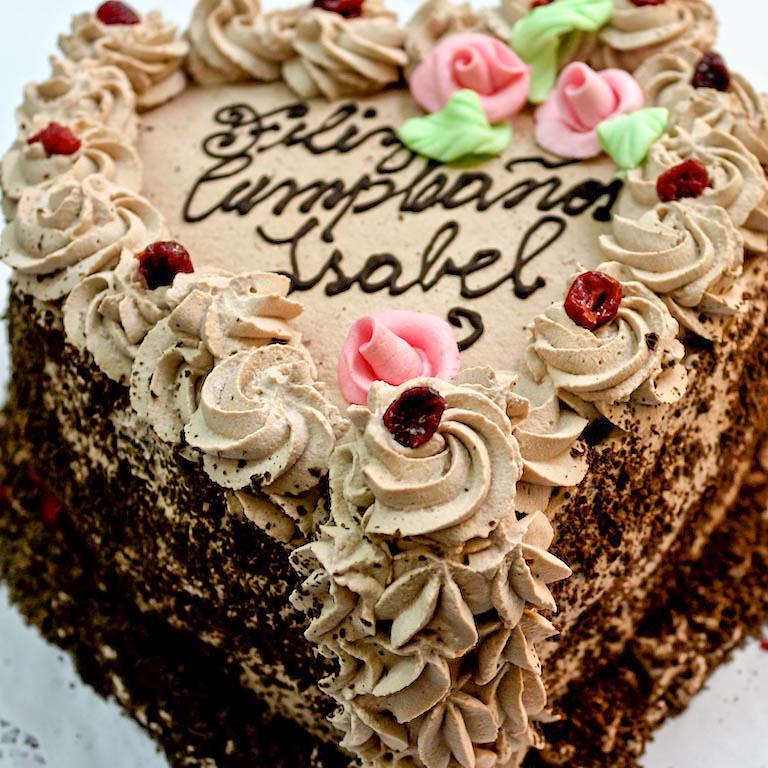 Tortas tradicionales de Omi Gretchen - Torta de chocolate con crema moka