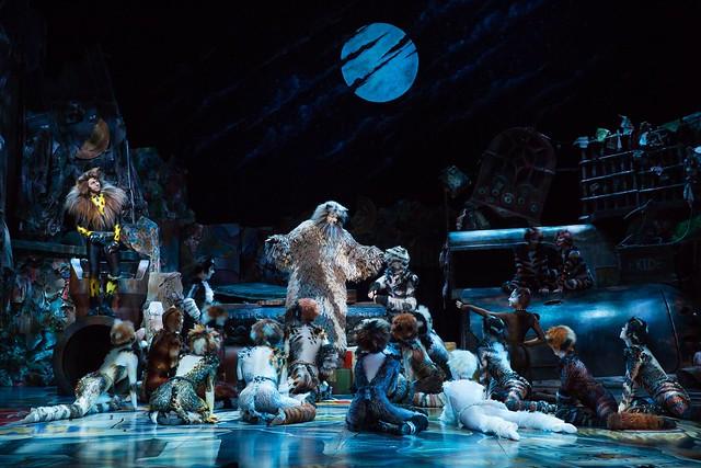 悲慘 世界 歌劇 版