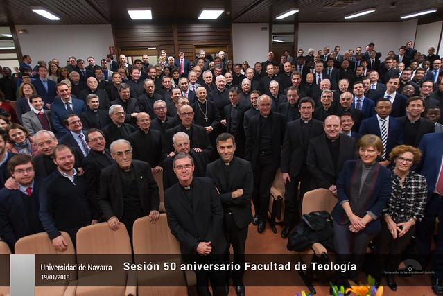 Sesión 50 aniversario Facultad de Teología