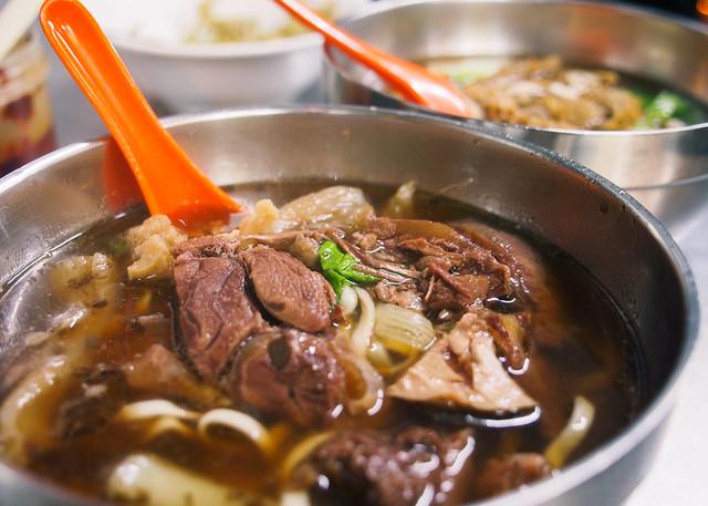 台北/萬華-艋舺小吃巡禮(二十七)-貴陽街全家無名牛肉麵