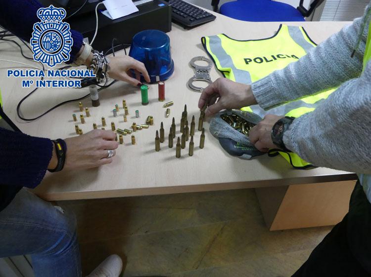 2018-02-06 Algeciras Tenencia Ilicita de Armas1