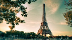 Eiffel-Tower-Wallpaper-HD