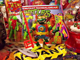 "TEENAGE MUTANT NINJA TURTLES :: MIKE'S KOWABUNGA SURF BUGGY / ..""Detachable Wave Wackin' Super Surfboard"" i (( 1991 ))"