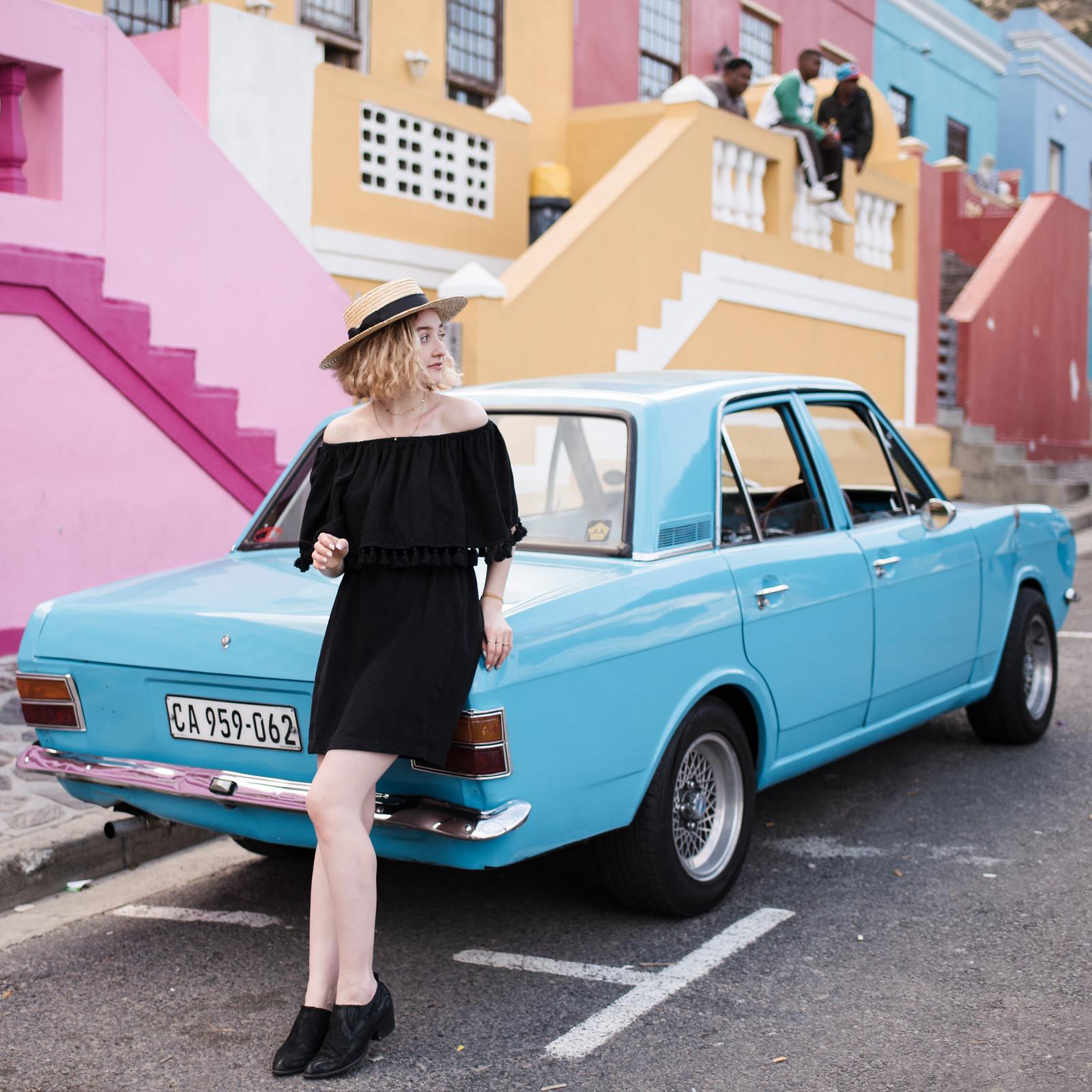 Vintage Blue Car on juliettelaura.blogspot.com