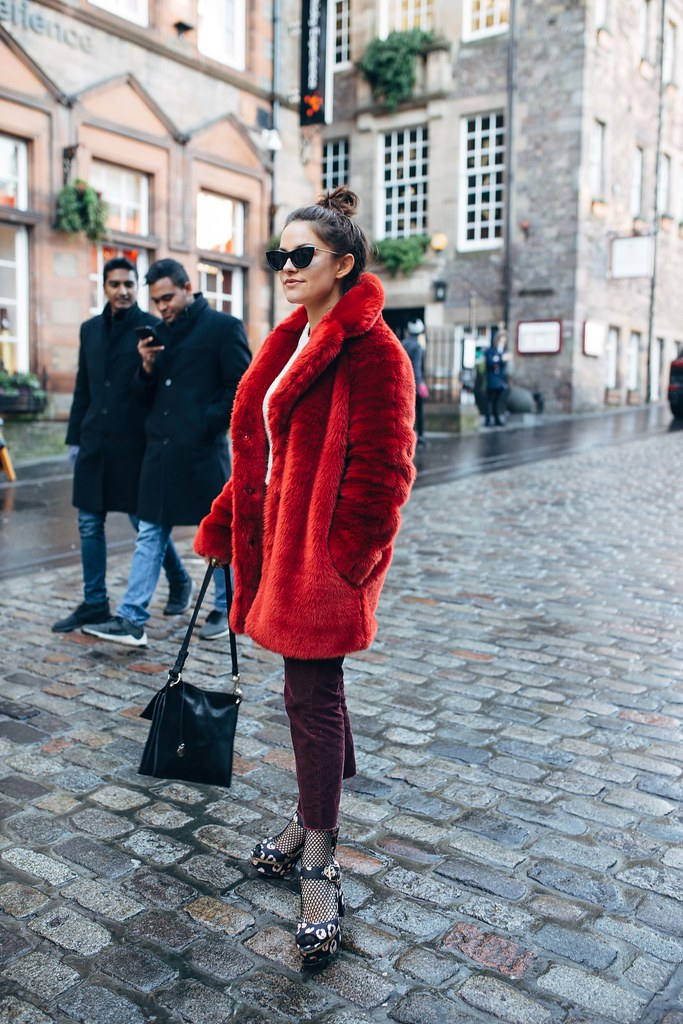 The little magpie H&M red fur coat