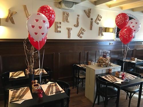 Tafeldecoratie 3ballonnen Valentijnsdag Restaurant Klavertje Vier Hekelingen Spijkenisse