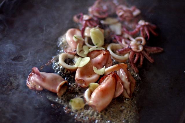 Chipirones con cebolla caramelizada (29)