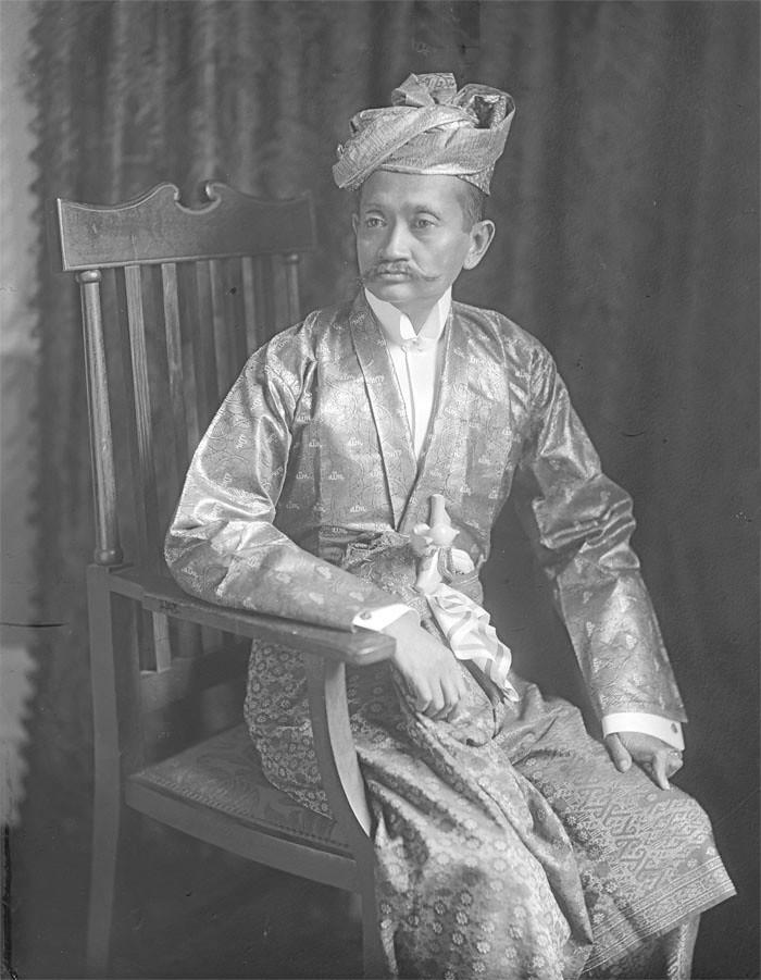 Paduka Sri Sultan 'Abdu'l Hamid Halim Shah II ibni al-Marhum Sultan Ahmad Taj ud-din al-Mukarram Shah