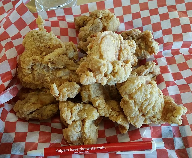 2018-Jan-13 The Fried Chicken Works - boneless chicken (12-piece combo)