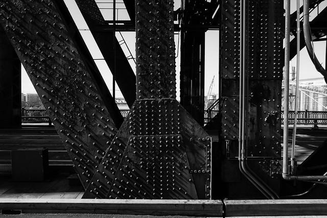 Steel Bridge, Fujifilm X-E1, XF18mmF2 R